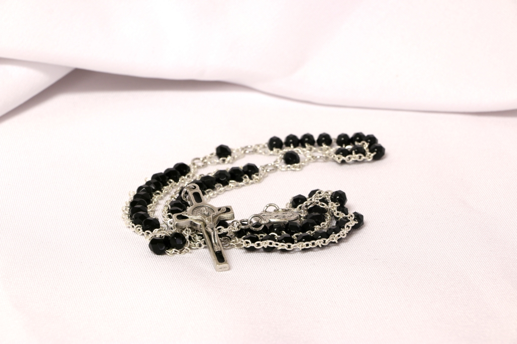 rosary_black_02